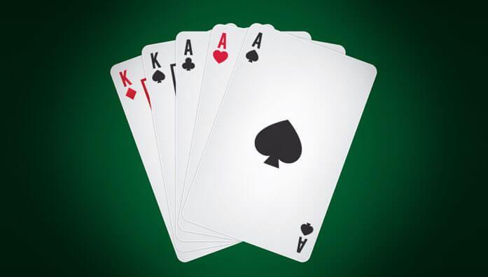 Poker winning hands with full house/full boat