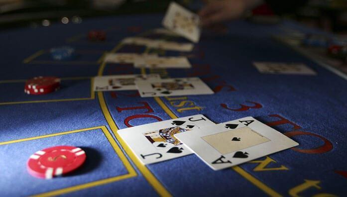 Odds of making a full house in poker