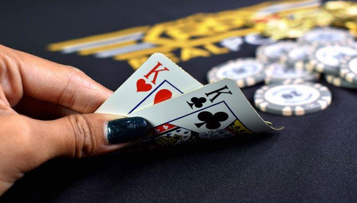 What is showdown in poker?