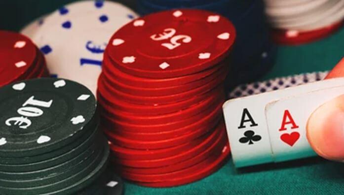 one pair in poker