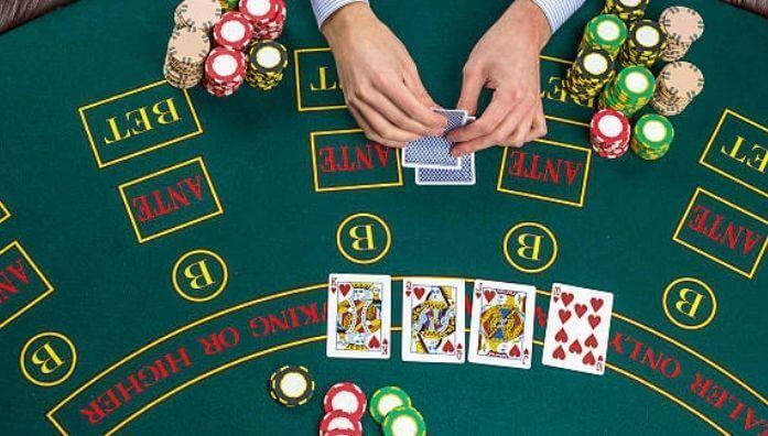 what are satellite poker tournaments