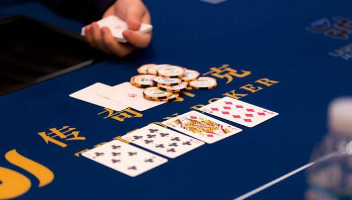 Straight draw in Poker