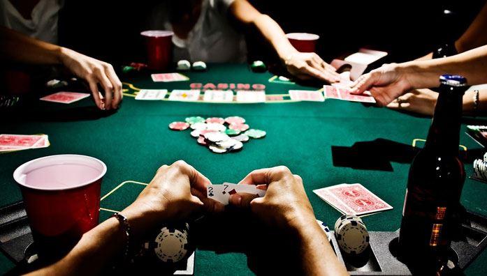Cash Games & Tournaments